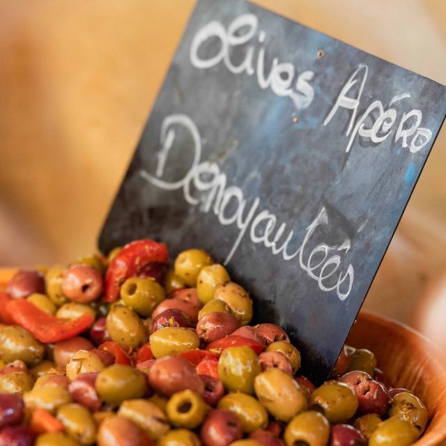 Menton Marche Des Halles Olives Provencales