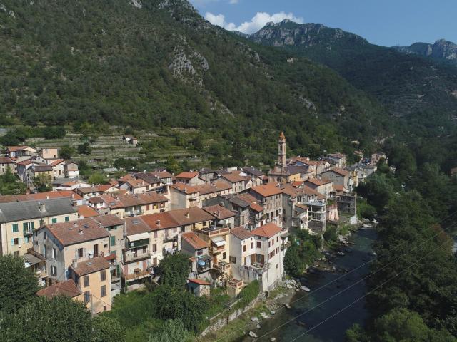 Fontan Village