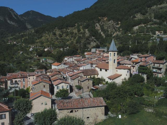Le Village de Moulinet @Drone de Regard