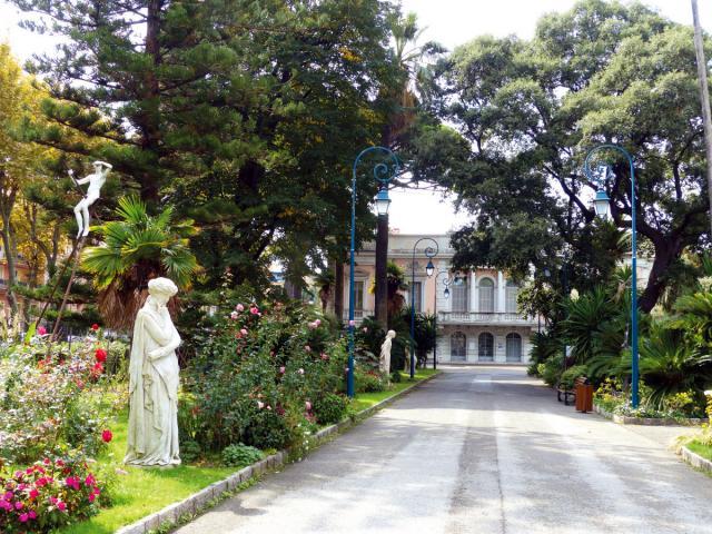 Palais Carnolès Jardin
