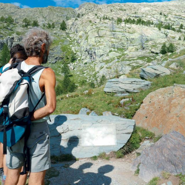 Randonnée Pédestre Tende Parc National Du Mercantour Gravures rupestres