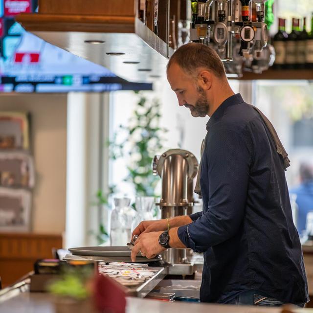 Bastien du restaurant Le Divan