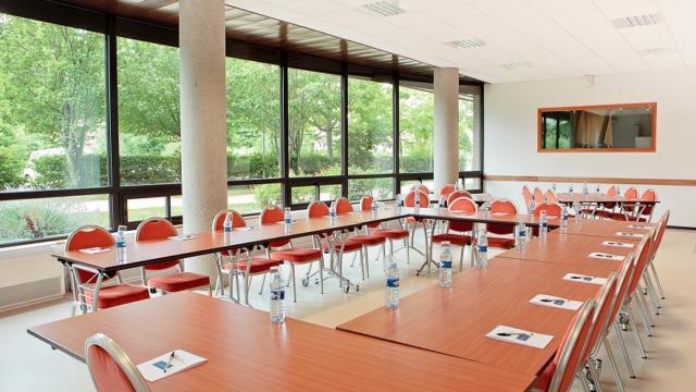 Salle menoge, centre de convention Archamps