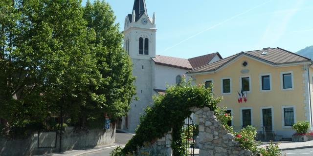 Église et Mairie de Collonges-sous-Salève