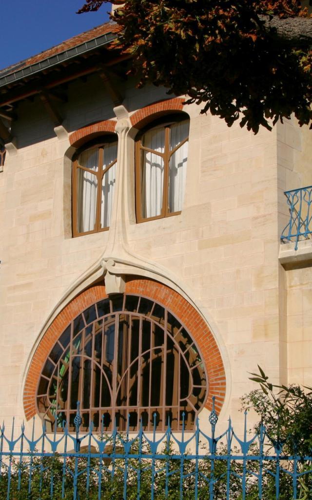 Art Nouveau Villa Les Glycines