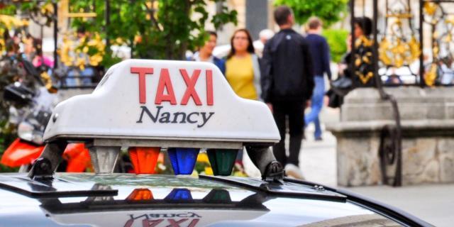 Circuit Taxis Art Nouveau