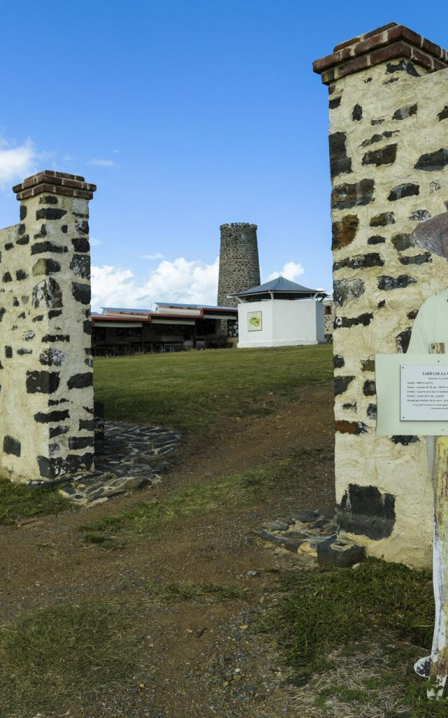 Entrée Fort Teremba - Moindou - Nouvelle-Calédonie