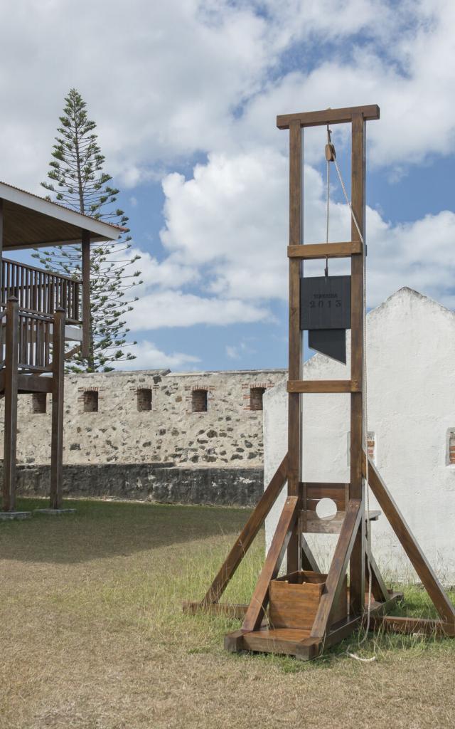 Guillotine  Fort Teremba - Moindou - Nouvelle-Calédonie