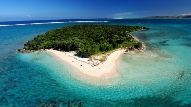 La plage de l'île Verte - Bourail
