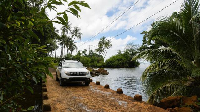 Route de Goro - Yaté