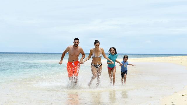 Plage en famille - Nouvelle-Calédonie
