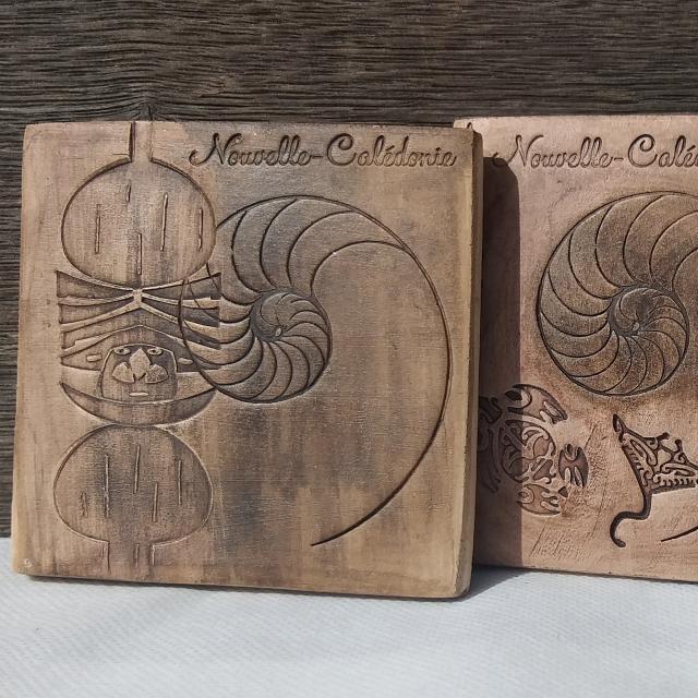 Sous-bouteille en céramique effet bois