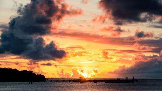 Sunset sur la baie de Kuto à l'Île des Pins