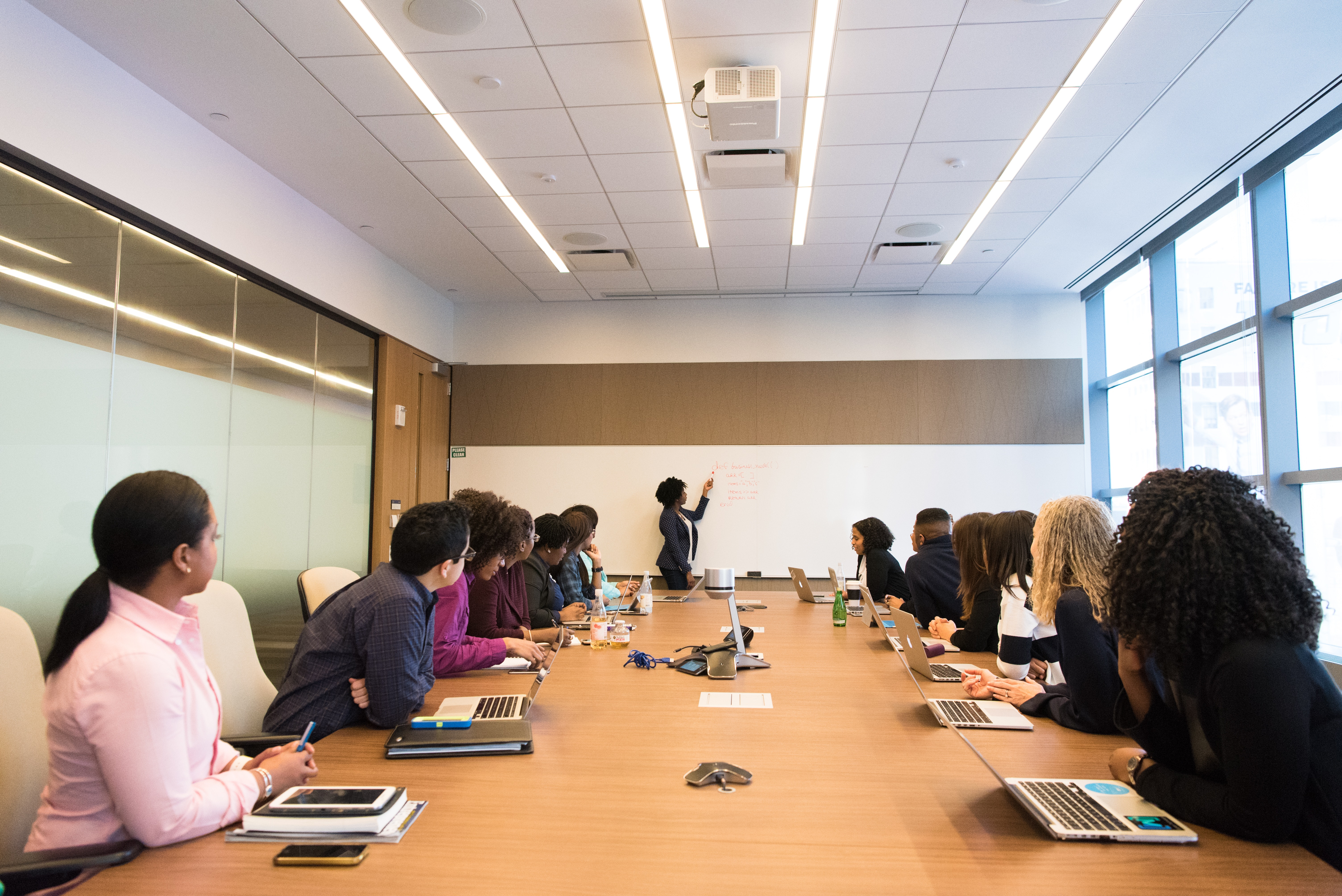 Boardroom Conference Conference Room 1181396 / Pexels.com