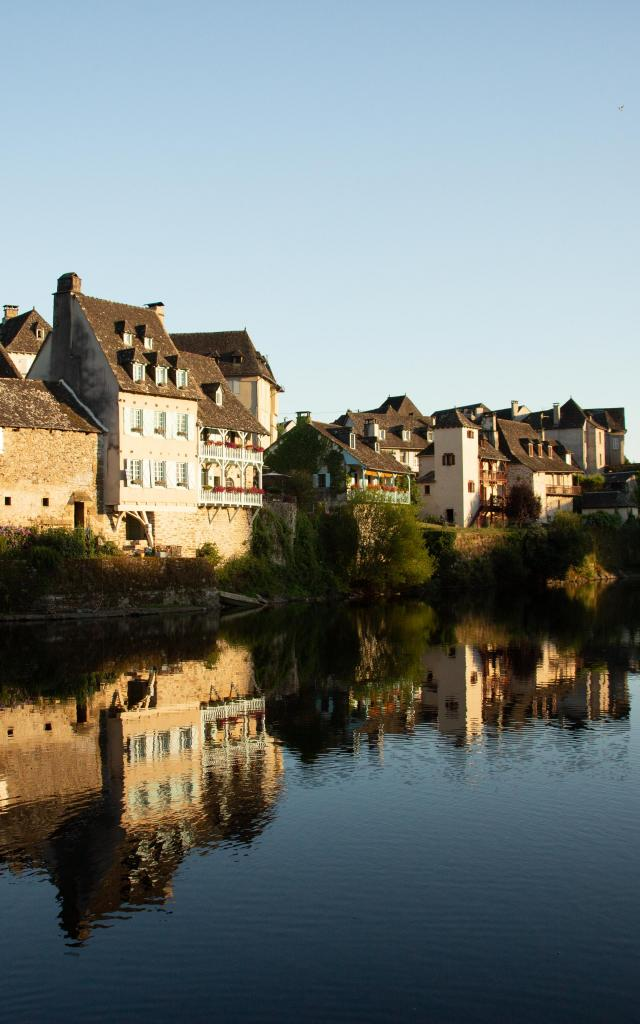 quais-riviere-dordogne-argentatmalikaturin-00009-1.jpg