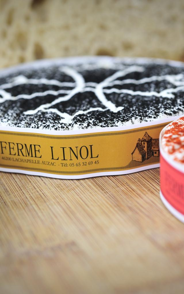 Ferme De Linol Fromages©otvd C.ory..3300