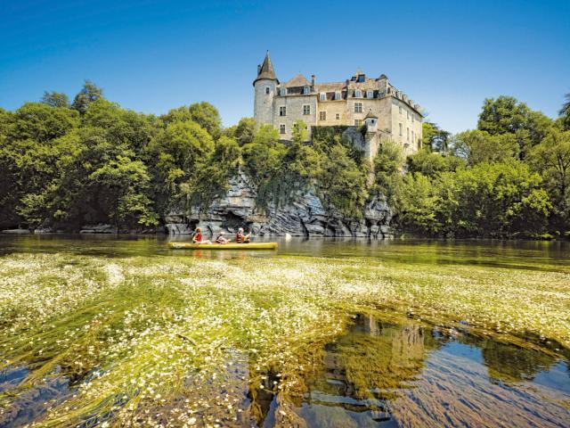 Canoe chateau La Treyne