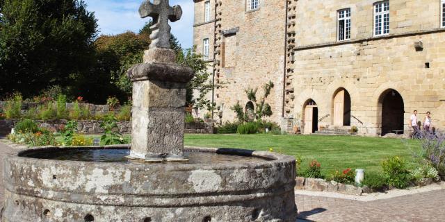 Fontaine du jardin du Cloitre