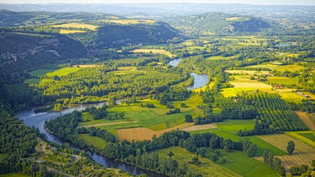 Grands Sites Gs Diapo Vallee Dordogne Martel Vers Martel 1600x1200.jpg