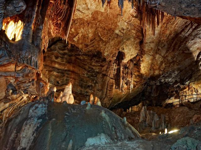 Grottes Lacavecd.viet 1506 Web.jpg