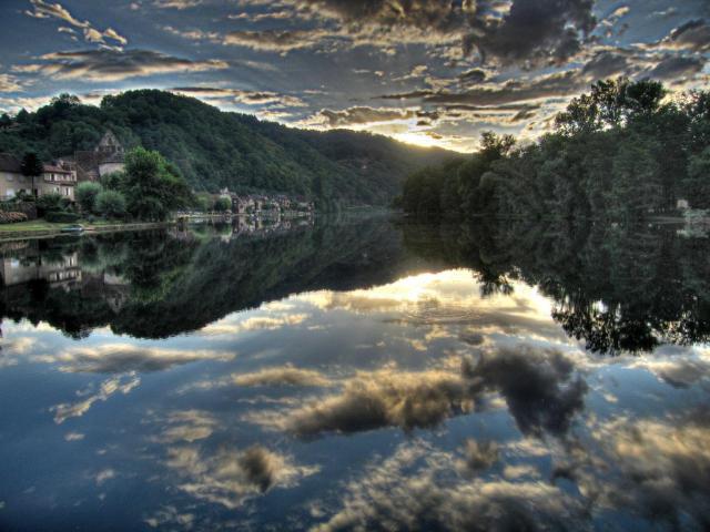 La Dordogne à Beaulieu-sur-Dordogne