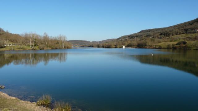 Lac Du Causse Pointe Ouest.jpg