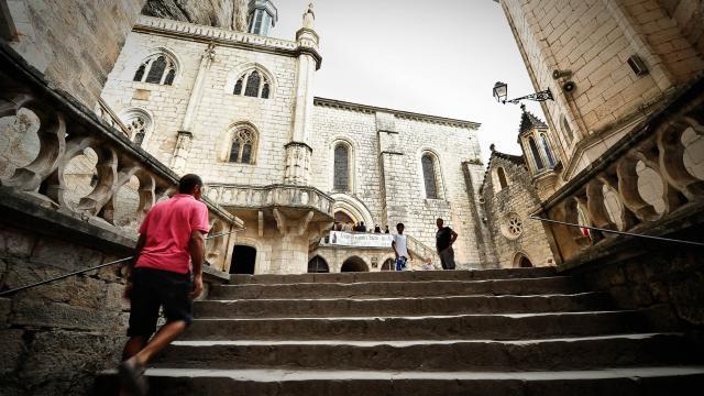 Rocamadour Escalier Vers Esplanade Du Sanctuaire.jpg
