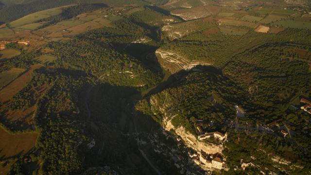 Rocamadour Et Le Canyon De L Alzou.jpg
