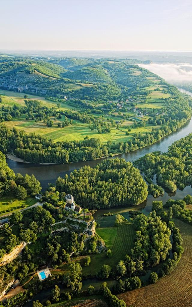 Vallee De La Dordogner Crt D. Viet Version Light.jpg
