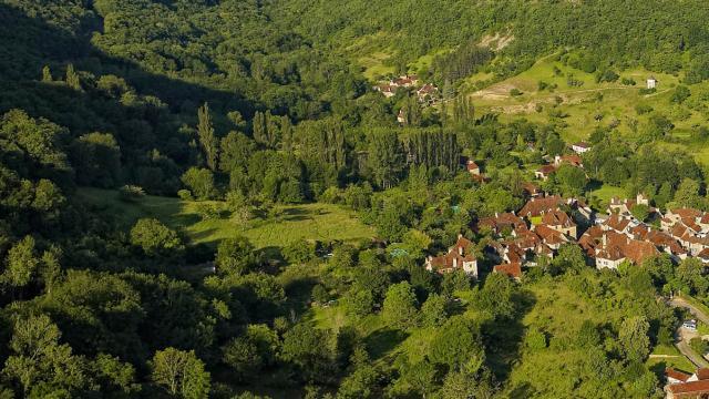 Les Plus Beaux Villages De France 1513594179.jpg