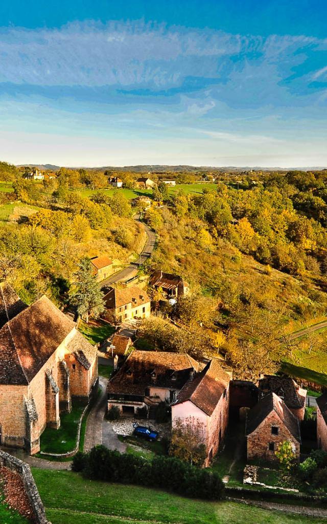 Vallee De La Dordogne En Automne 0.jpg