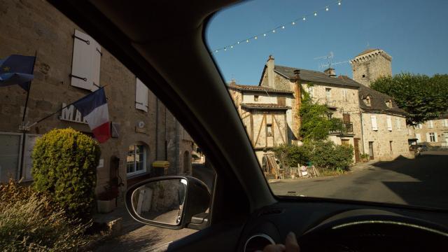 Voiture Village 0.jpg
