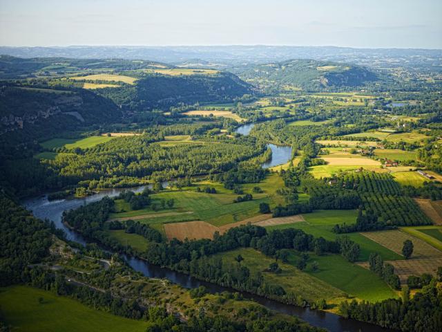 Vue Aerienne Dun Meandre De La Dordogne 1.jpg