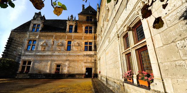 Chateau Montal facade renaissance