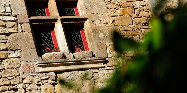 Visites Guidees Loubressac Maisons Nobles .jpg