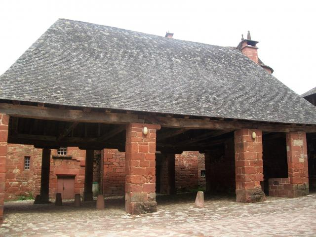 Halle De Collonges La Rouge