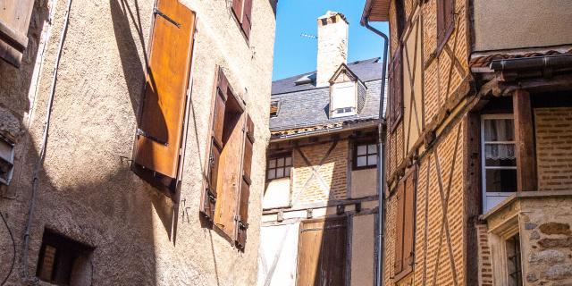 Dans Les Rues De Saint Céré © E. Gerbois Vallée De La Dordogne 18