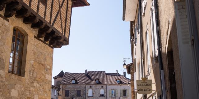 Dans Les Rues De Saint Céré © E. Gerbois Vallée De La Dordogne 23