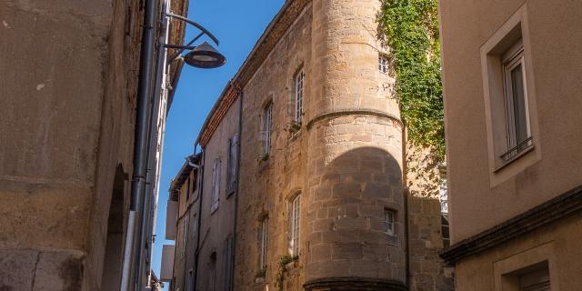 Dans Les Rues De Saint Céré © E. Gerbois Vallée De La Dordogne 8