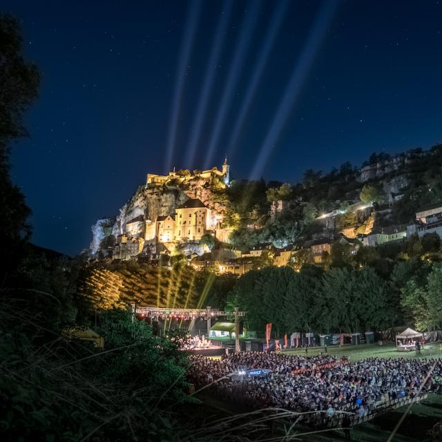Concert Au Pied De La Cite Festival De Rocamadour Credits Louis Nespoulous