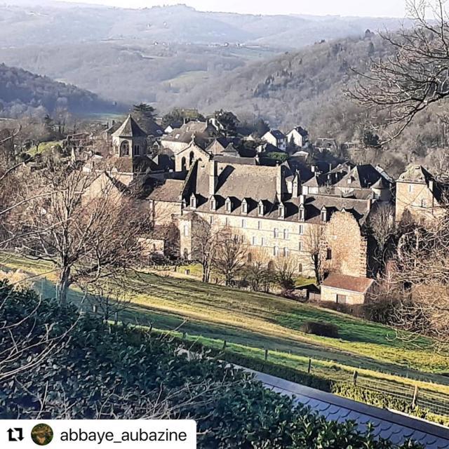 Instagram #aubazine