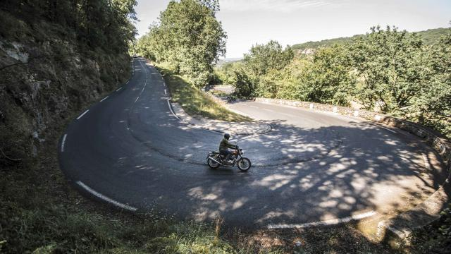 French Retro Ride © Brice Daraut