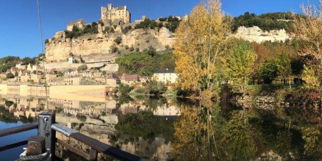 Château de Beynac vue des gabares