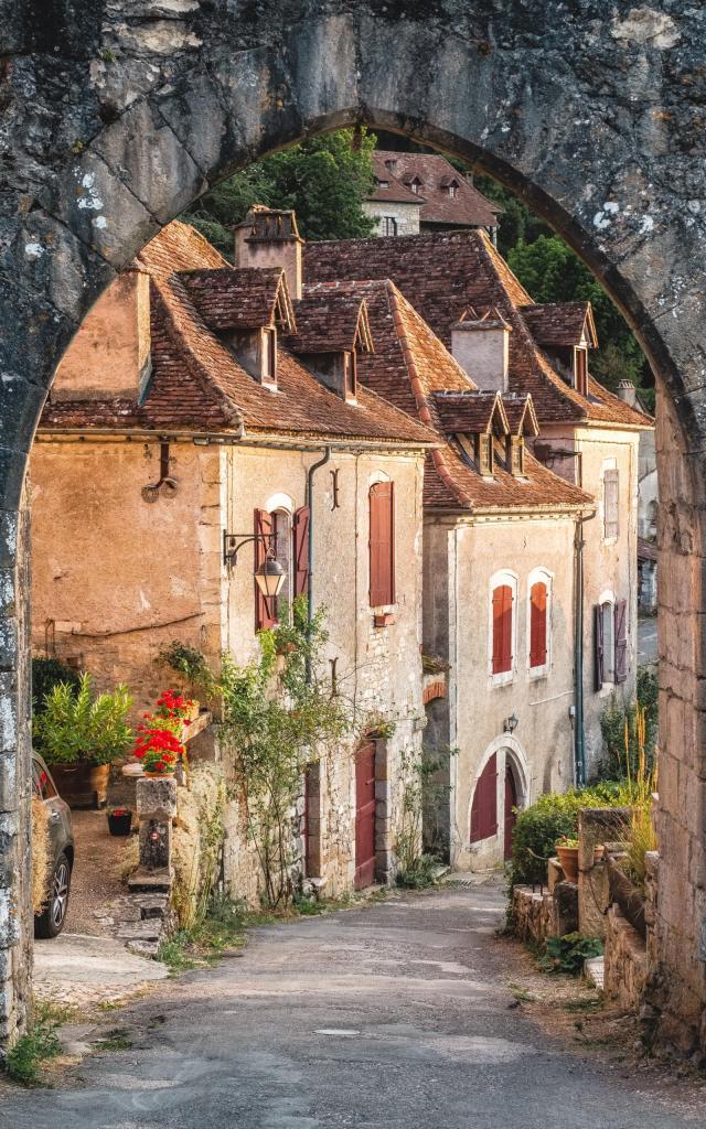 Web21 180816091820 Porte De Rocamadour A Saint Cirq Lapopie Lot Tourisme Teddy Verneuil 1920x2560