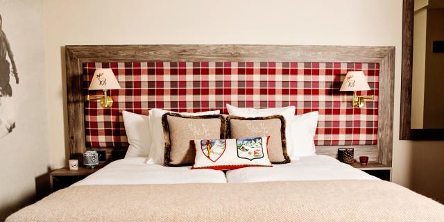 Lit d'une chambre de l'hôtel Bristol