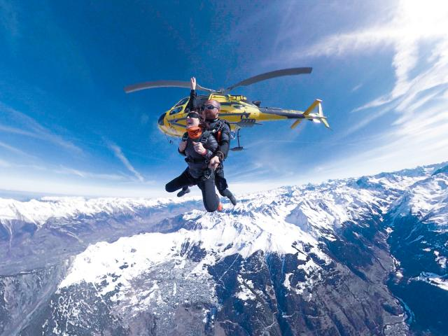 Parachute jump over Verbier and Val de Bagnes