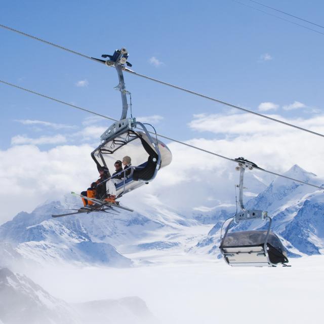 Bulle, télésiège, ski