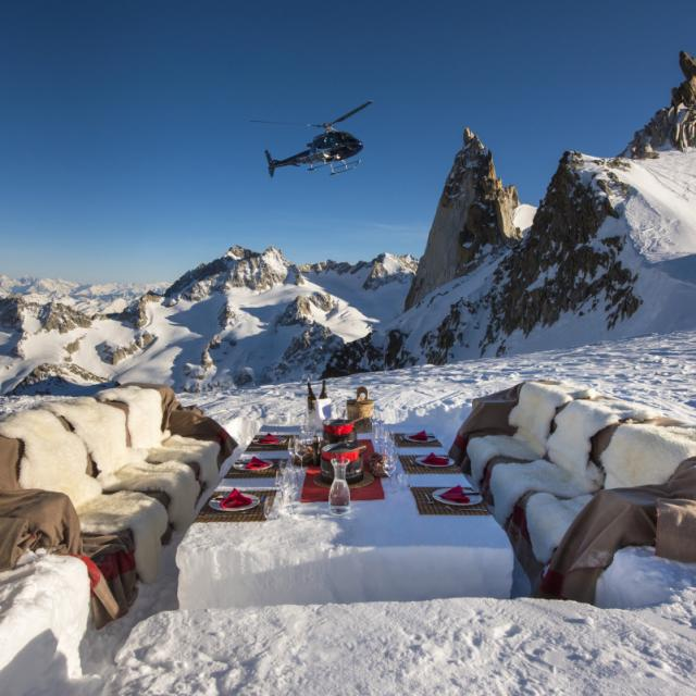 Heli picnic experience in Winter