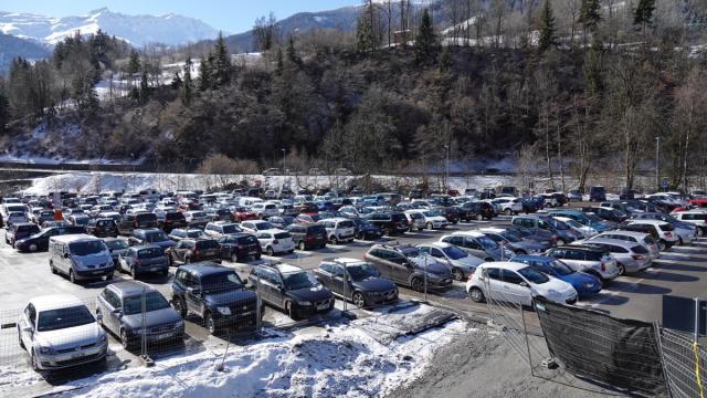 Parking P1 Curala