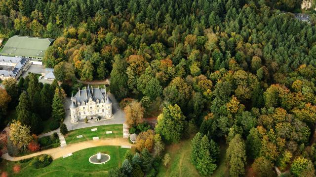 chateau-bagnoles-orne-vue-ciel3